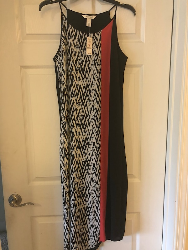 black and white sleeveless dress