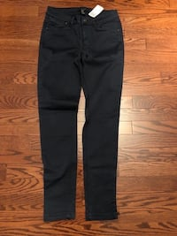 Brand New forever 21 navy pants size 26 Vaughan, L4L 6C1