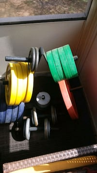 green and red metal dumbbells Fort Washington, 20744