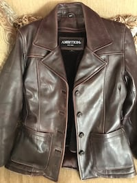 Leather coat - women's small. New condition...Great price!  Fort Washington, 20744