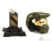HALO LEGENDARY LIMITED EDITION COLLECTORS HELMET AND STAND++++++ Montréal, H2X 2K3