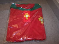 XXL PORTUGAL SOCCER JERSEY - new in bag Vaughan