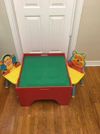 Lego table with storage 2 chairs Belleville, K8N 1E7