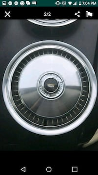 Ford/Lincoln Wheel covers hubcaps Hampshire, 60140