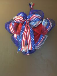 Red, white and blue heart shape wreath  Machesney Park, 61115