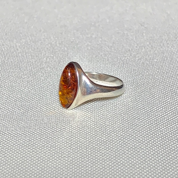 Genuine Sterling Silver Baltic Amber Ring 1