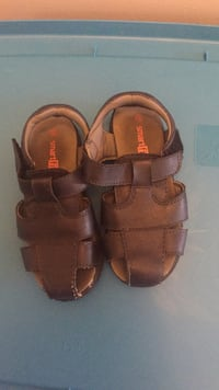 Pair of blue leather sandals Burnaby, V3N 2K1