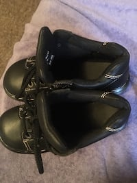 pair of black leather boots Lincoln Park, 48146