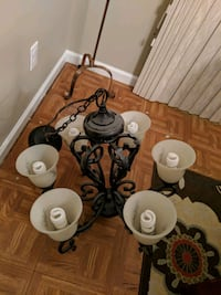 Chandelier $100 or best offer Uniontown, 44685