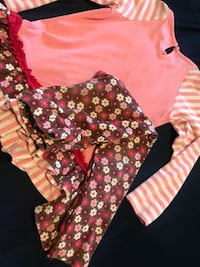 baby's pink and white floral footie pajama 568 mi