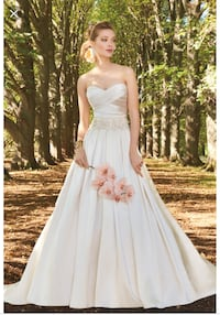 Wedding dress new with tag WASHINGTON