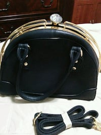 Black purse with jewels Mississauga, L5M 0A5