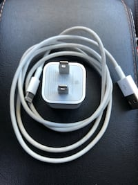 Apple iPhone Charger  Calgary, T2B