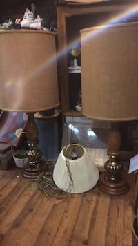 brown and white table lamp Statesville, 28677