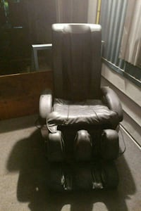 black leather padded recliner chair Surrey, V3W 1M6