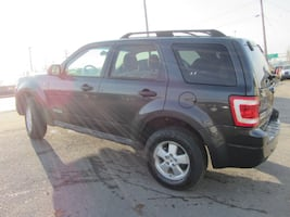 2008 FORD ESCAPE AWD!