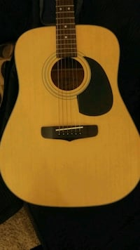 1993 Fender acoustic guitar Sacramento, 95827