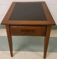 End table with inlaid leather top  72 km