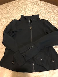 Under armour warm up jacket sz medium  Waterdown, L8B 0E6