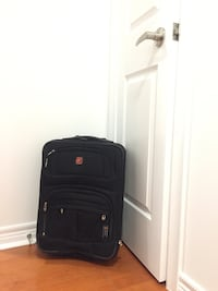 Used Swiss army carryon (pick up bay & college only) Toronto, M5G 2R2