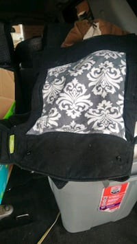 Baby wearer excellent condition only used once St. Catharines, L2M 6Z1