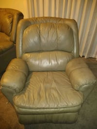 brown leather recliner sofa chair Oakdale, 95361