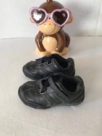 toddler's pair of black shoes El Paso, 79927