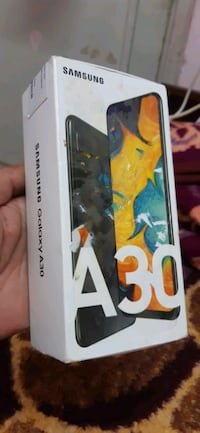 Galaxy A30 .64 gb takas var