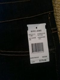 black Levi's denim bottoms 3137 km