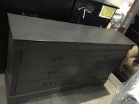 Beautiful new dresser only 100$!!! (Has some scratches) San Leandro, 94577