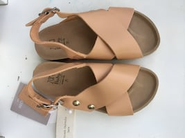 Girl's shoes size 7-7,5