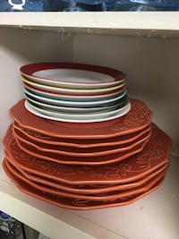 Sets of 4 dishes for sale . Only plates shown here Arlington, 22203