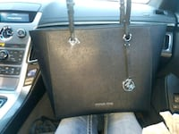 Brand New Michael Kors Hand Bag  Eugene, 97402