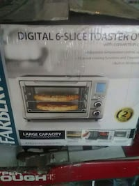 Farberware Digital 6-slice toaster oven box El Paso, 79936