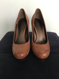 Guess leather heels size 7