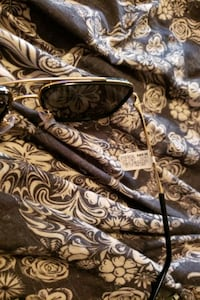 brand new D&G sunglasses