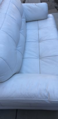 Leather loveseat Santa Clarita, 91387