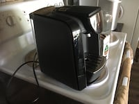 Tassimo coffee maker Like new. Paid 90 for it Langford, V9B 2W8