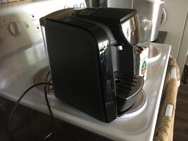Tassimo coffee maker Like new. Paid 90 for it