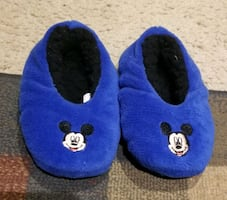 Mickey toddler slippers