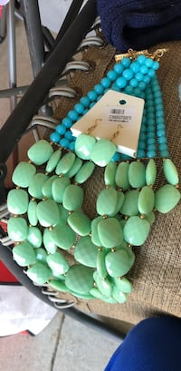 green and white beaded necklace London, N6L