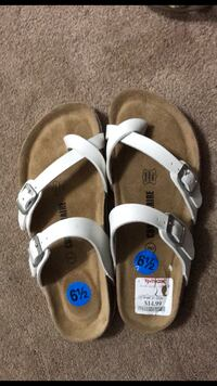 white-and-brown sandals(BRAND NEW)  Silver Spring, 20902
