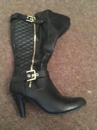 Unpaired quilted black leather side-zipped round-toe cork heel mid-calf boot Saint John