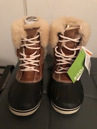 Brand new boots size 7  Mississauga, L4Z