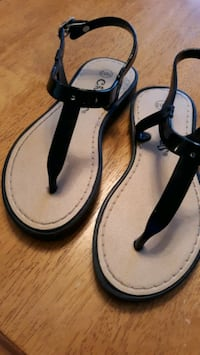 Girl's Sandals, size 11/12 Victorville