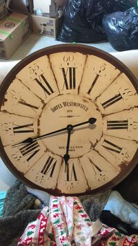 round brown wooden Hotel Westminister print analog wall clock 638 km