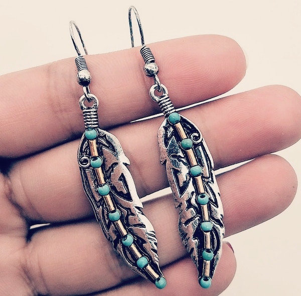 Retro Turquoise Feather Earrings Ancient Silver, Dual-Color Earrings.