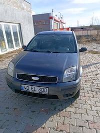 2004 Ford Fusion 1.6I LUX