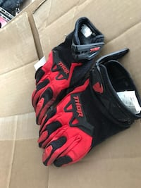 black-and-red Nike basketball shoes Chilliwack, V2R 0R4