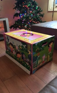 Dora the explorer chest box London, N6H 2G6